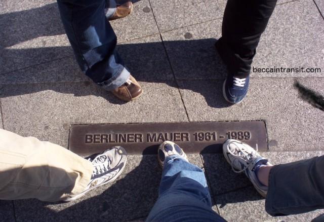 SidewalkMauer