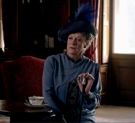 Downton-Abbey-5x5-The-Dowager-Countess.jpg